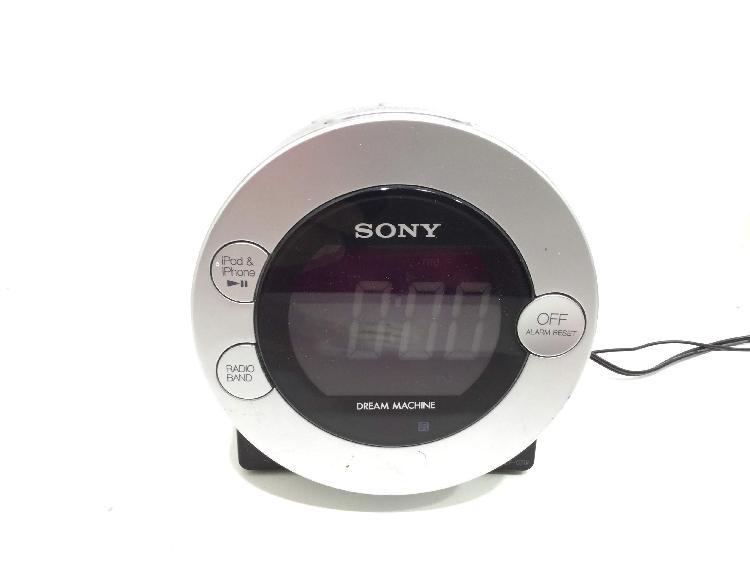 Radio despertador sony icf-c7ip