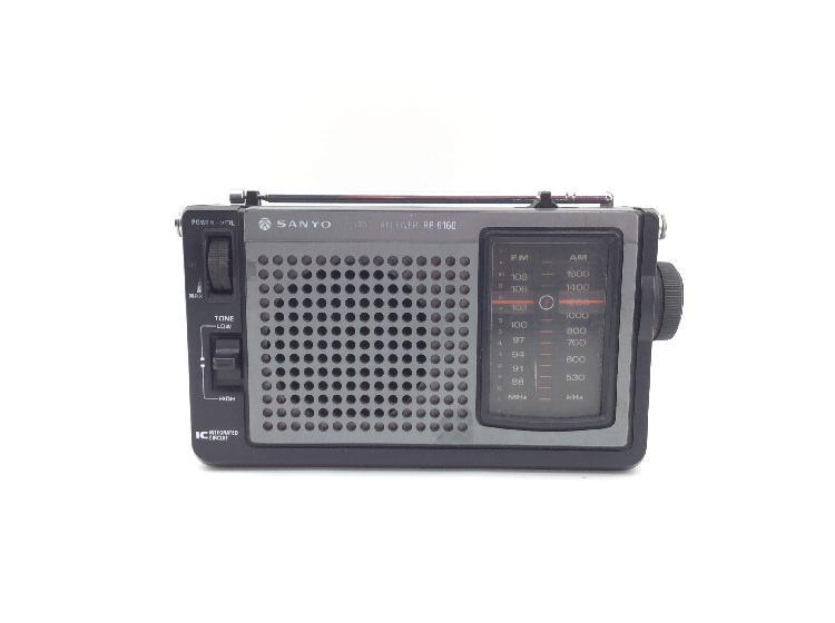Radio portatil sanyo rp 6160