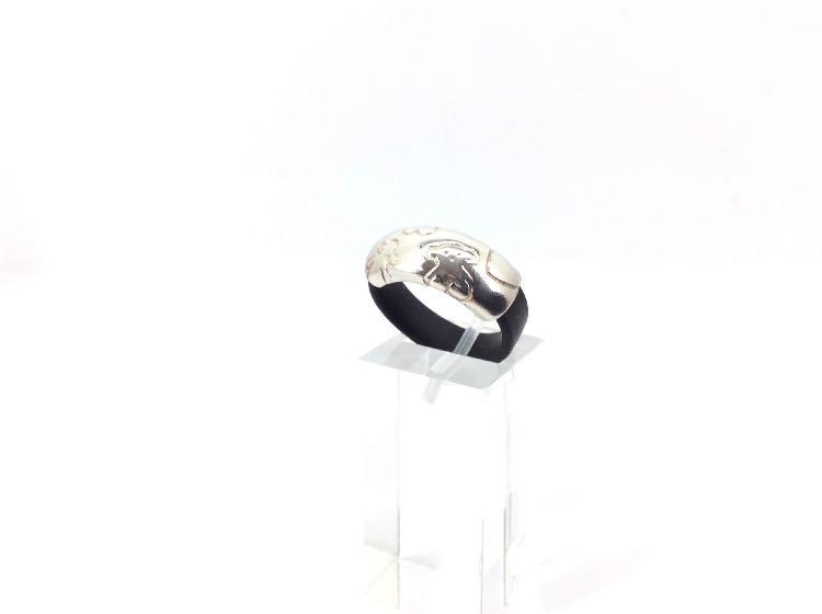 19 % anillo plata primera ley (plata 925mm con piedra)