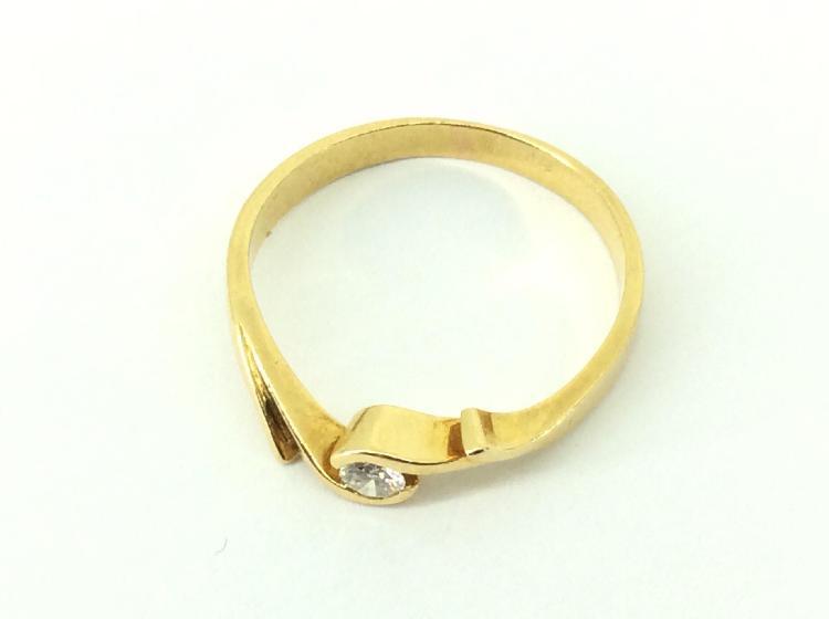 7 % anillo oro primera ley (oro 18k con piedra)