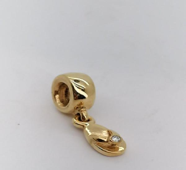 Charm pandora de oro con 1 diamante, nuevo a estrenar