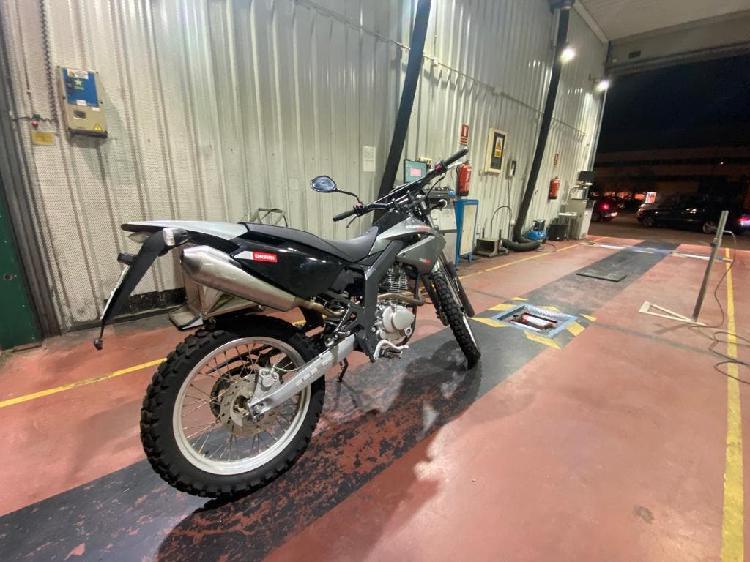 Derbi senda baja 125 cc 4 tiempos