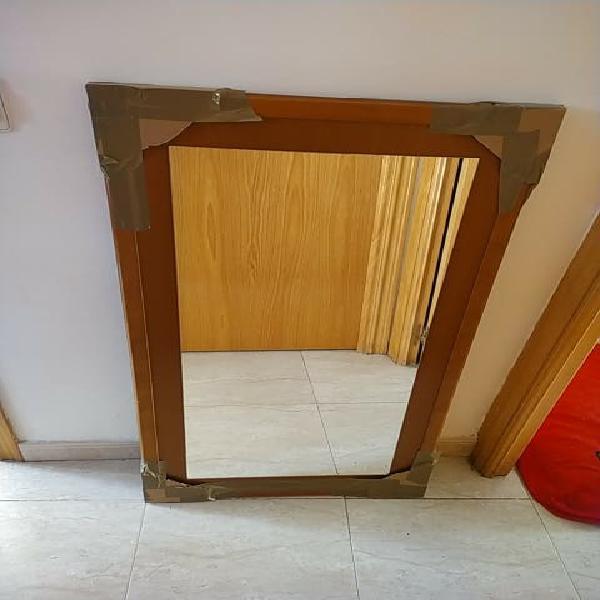 Espejo de pared, madera maciza 57 x 100
