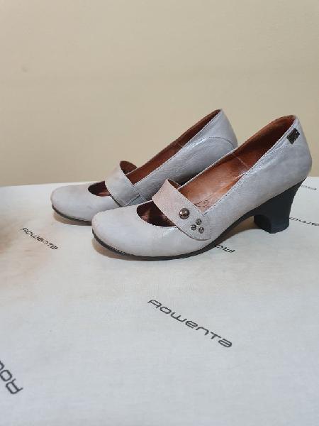 Zapatos piel gris con comodo tacon agua shoes