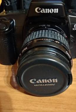 Cámara de fotos canon eos 1000f n