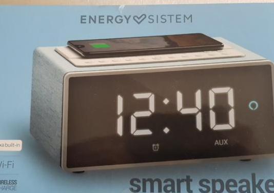 Smart speaker wake up energy sistem