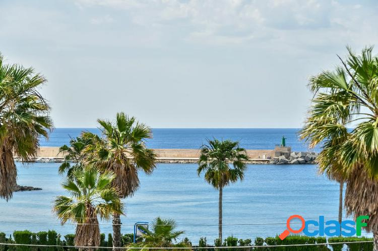 Nuevo apartamento en venta en calpe cerca de la playa arenal con vistas al mar
