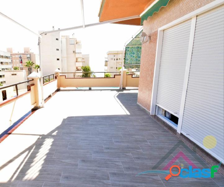 Apartamento con garaje en arenales con gran terraza y vistas al mar