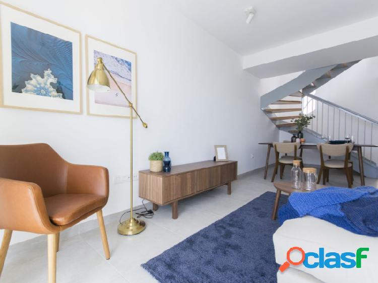 Apartamento dúplex de 2 habitaciones y 2 baños en la ultima planta de edificio recién finalizado en la zona residencial el galeón con gran terraza privada soleada y espectaculares vistas al m