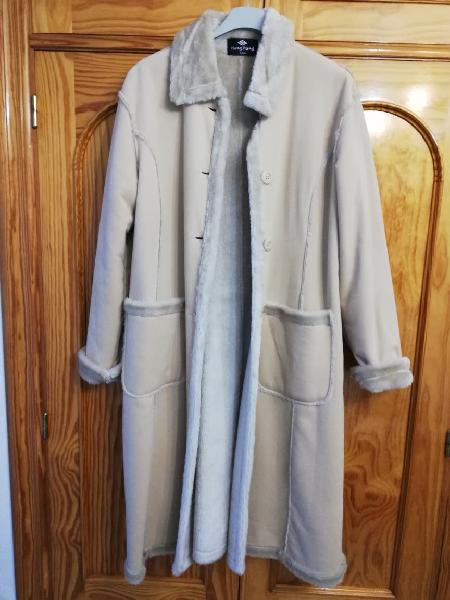 Abrigo nuevo talla xl-xxl