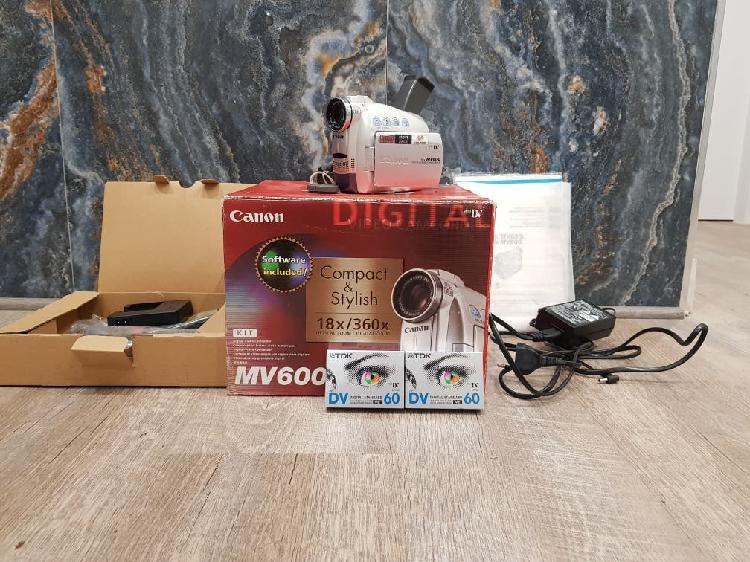 Camara de video canon mv600