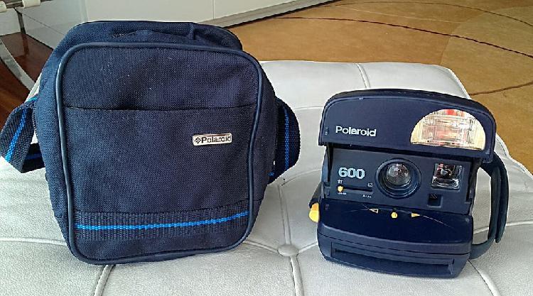 Cámara fotos polaroid 600