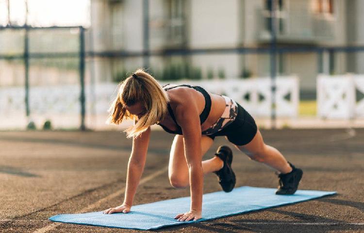 Entrenador/a personal de fitness