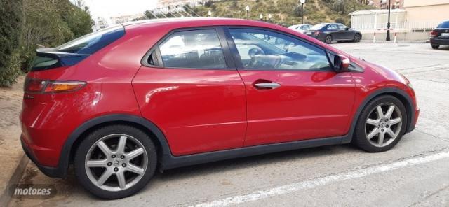 Honda civic comfort de 2008 con 230.000 km por 3.500 eur. en