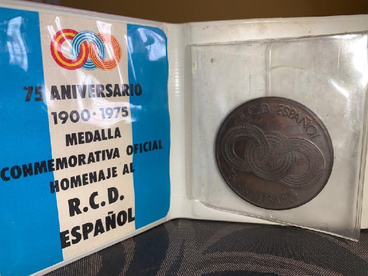 Medalla conmemorativa 75 aniversario español
