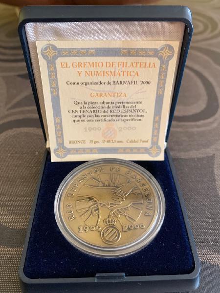 Medalla conmemorativa centenario español