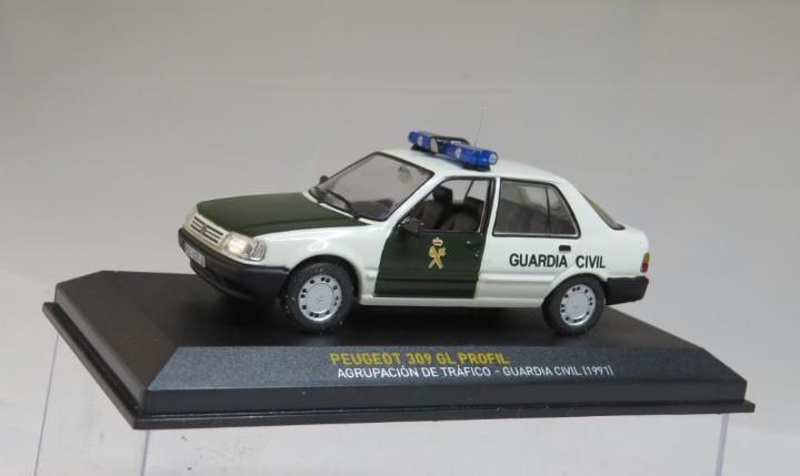Peugeot 309 gl profil agrupación trafico guardia civil 1991
