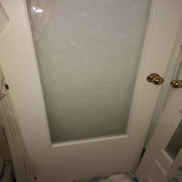 Puerta de cristal 72,3cm, 203'2 alto, dispongo de