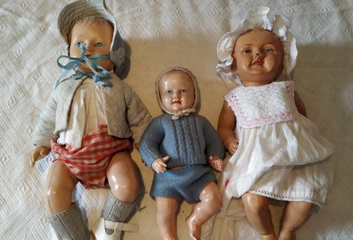 Tres antiguos muñecos en celuloide