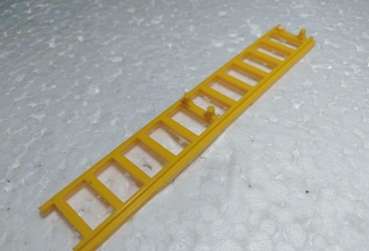 Amarillo escalera - tente (con defecto)