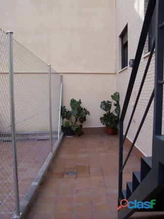 Se alquila piso de 2 dormitorios y 2 baños con ascensor en Madrid 7