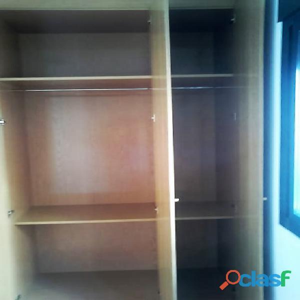 Se alquila piso de 2 dormitorios y 2 baños con ascensor en Madrid 12