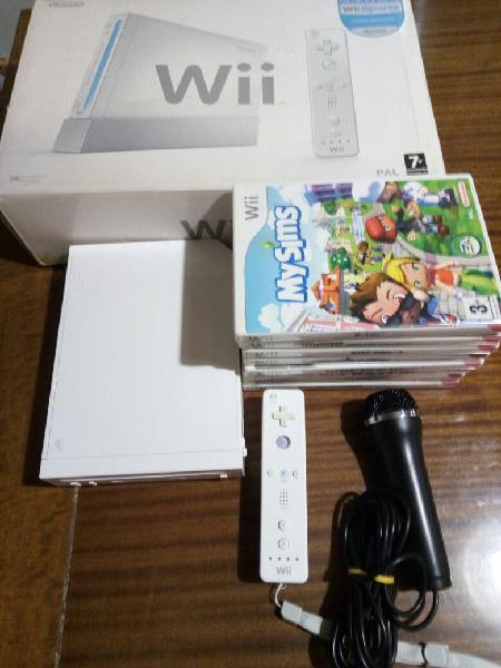 Wii (con garantía) 8 juegos, mando y micro