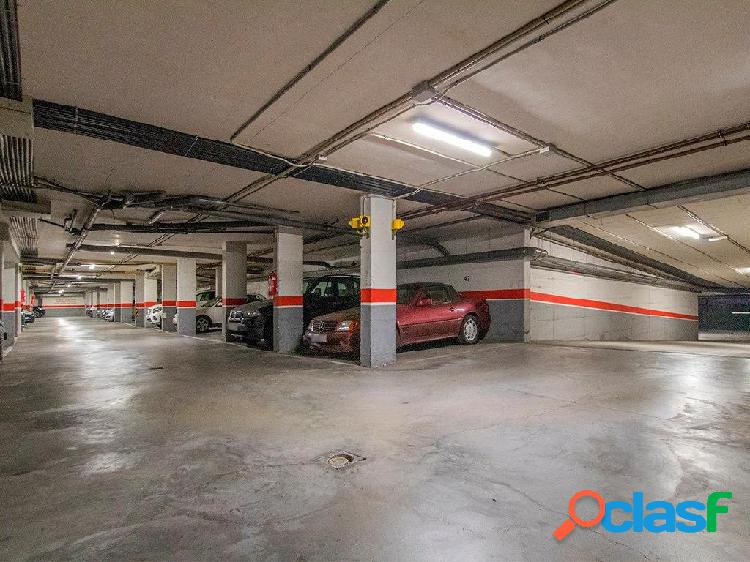 Plaza de parking en son armadams, palma