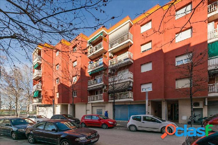 Piso en venta en Martorell, Barcelona en Calle MONTSERRAT 1