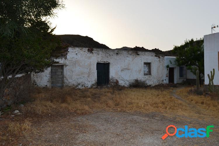 Casa de campo-Masía en Venta en Rodalquilar Almería