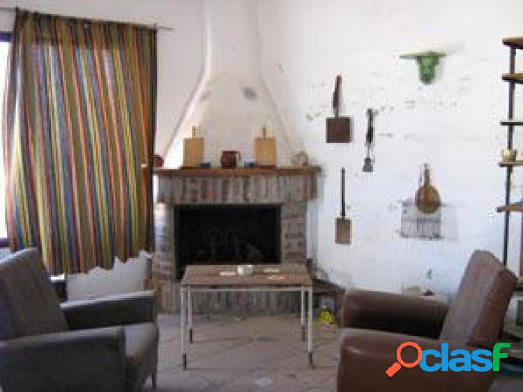 Casa rústica en venta en villamena de 82 m2