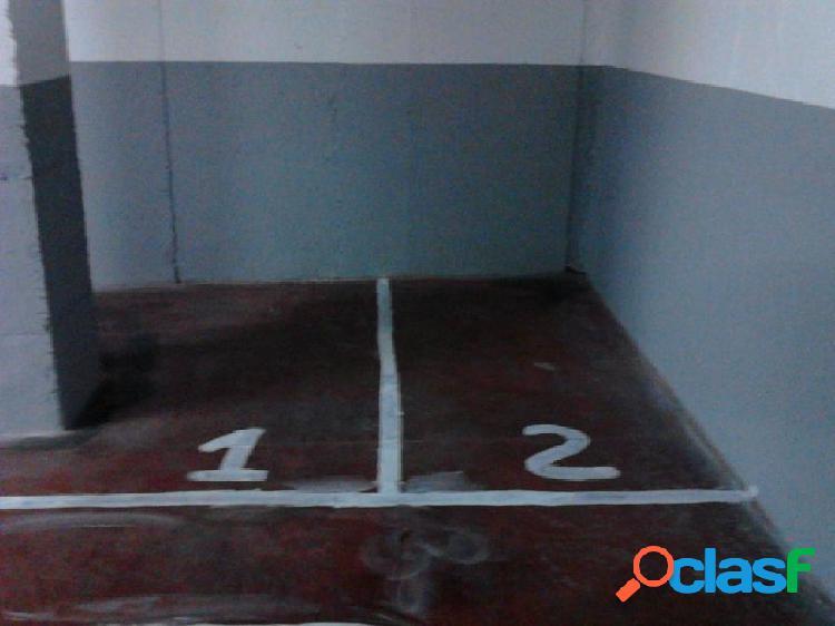 Plaza de párking mediana en venta zona bases de manresa por 9500€