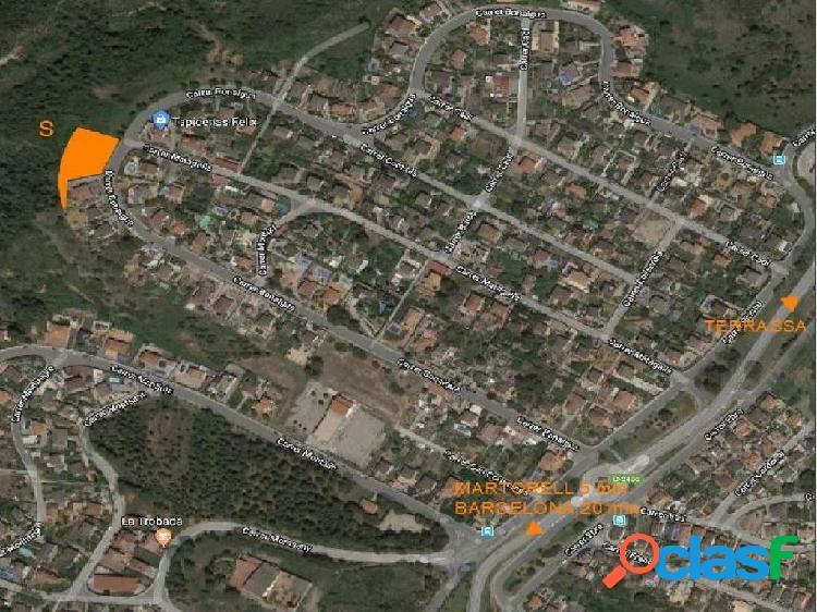 Parcela residencial de 2.000 m2 en Castellbisbal