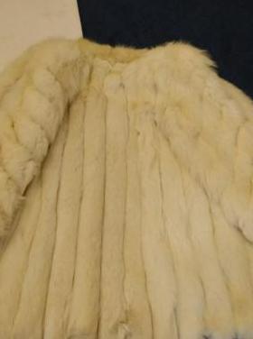 Abrigo 3/4 lomos de zorro blanco