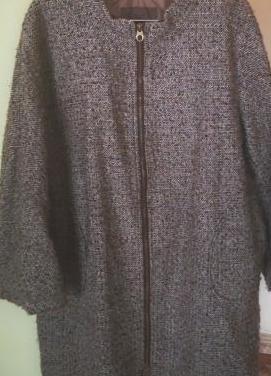 Abrigo marrón con acolchado cortefiel