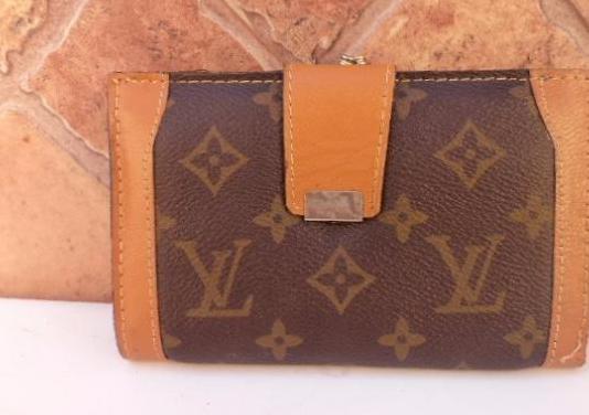 Monedero o cartera de louis piel vintage