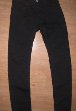 Pantalón negro talla 36 (14-16 años)