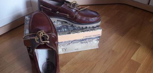 Zapatos nuevos n°44