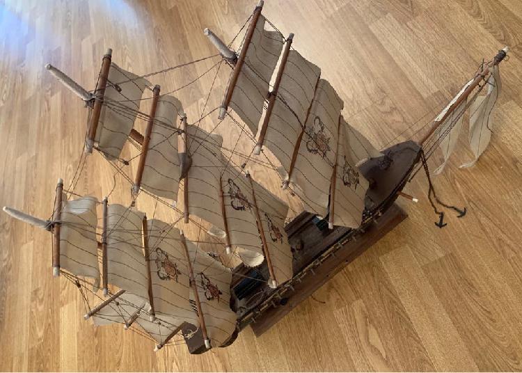 Barco grande madera fragata española