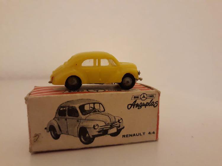 Minicars anguplas renault 4/4 con caja.