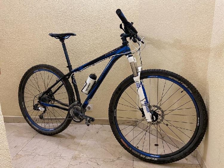 Mountain bike . mondraker finalist