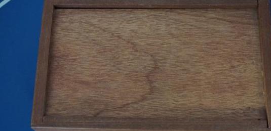 Caja de madera 23 por14 cm y 7 de altura