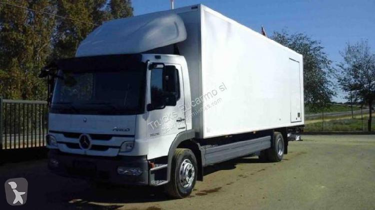 Camión mercedes furgón 4x2 diesel euro 5 usado