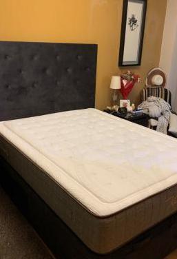 Canapé, cabecero y colchón