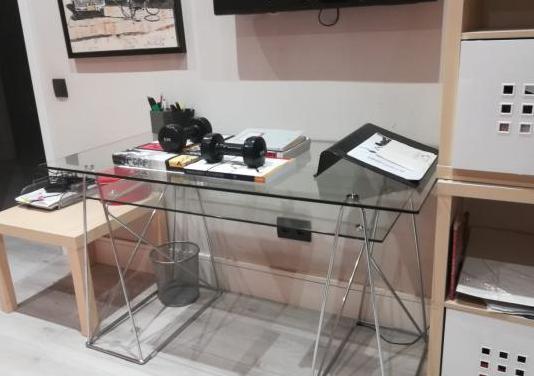 Mesa escritorio de cristal