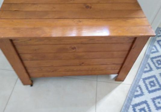 Baúl madera 79 cm