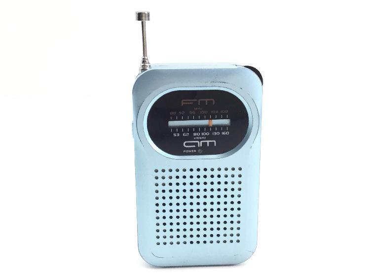 Radio portatil sanyo rp-63