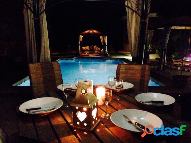Hermoso chalet de estilo mediterráneo con piscina privada en catral, alicante