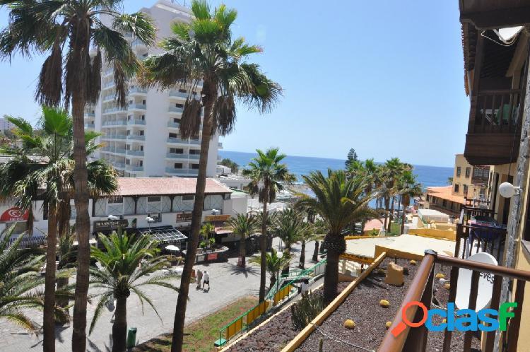En venta apartamento de 2 dormitorios en playa de las americas