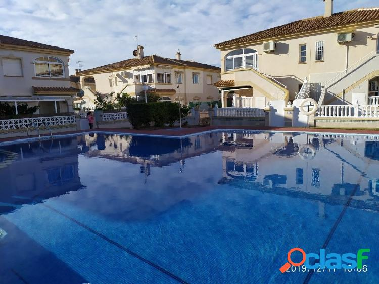 Bungalow doble con piscina, parking